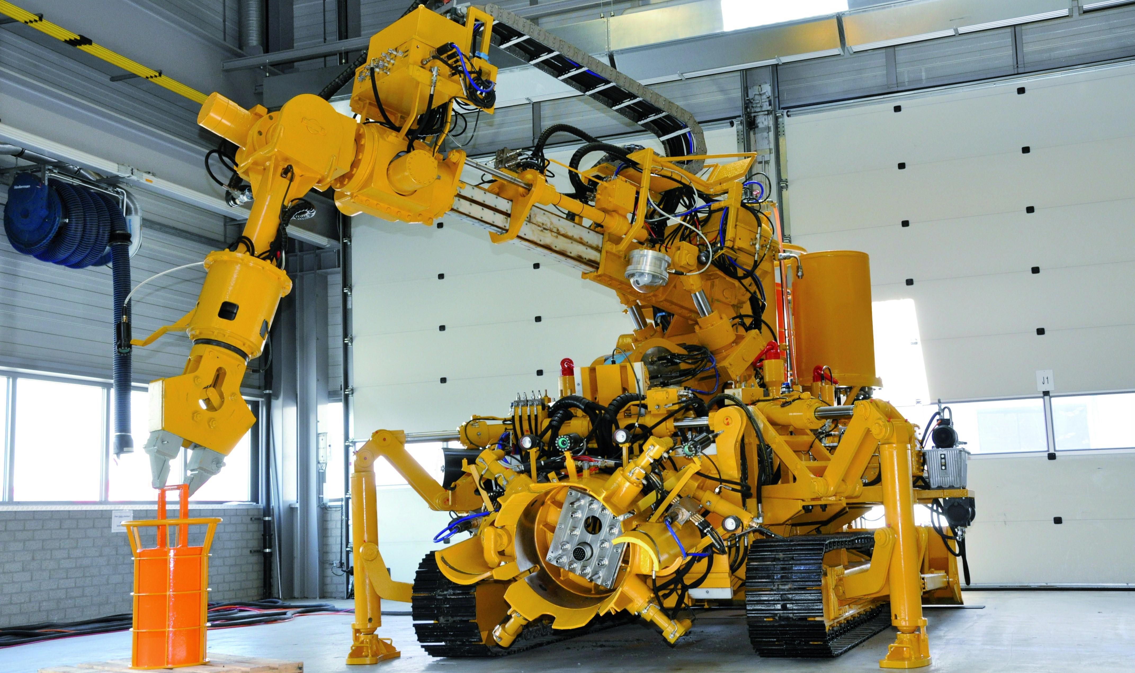 Robot do prac podwodnych Aker Wirth
