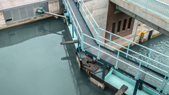 Locks and weirs service by Rexroth