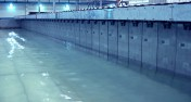 Movable floors wave generator system