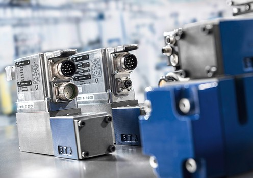 High-response valves with integrated digital axis