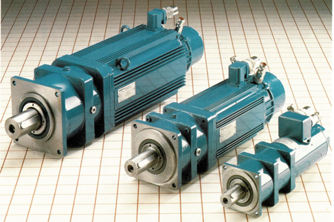 Maintenance-free three-phase motors with flange-mounted, low-backlash gears.