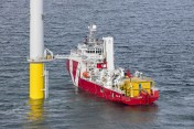 autonomous docking of offshore access systems